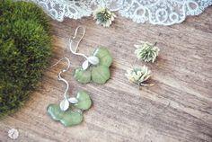 clover trefoil earrings oneflowerstory