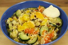 Gemüse mit Couscous in Orangensoße