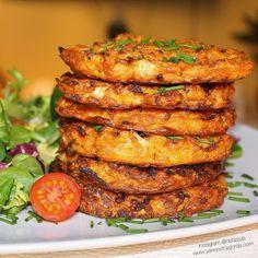 Tortas de coliflor y zanahoria - Recetas Veggie - Healthy Recepies, Healthy Drinks, Healthy Cooking, Healthy Snacks, Healthy Eating, Cooking Recipes, Chicken Salad Recipes, Veggie Recipes, Vegetarian Recipes