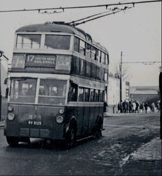 Trolley Bus, on Goldsmith Ave, Fratton Bridge Portsmouth England, Transportation Technology, Bus Coach, Busses, Isle Of Wight, Coaches, Hampshire, Campers, Old Photos