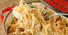 Farofa de cebola é uma sugestão bem saborosa para acompanhar o churrasco. Clique no MAIS para ver a receita