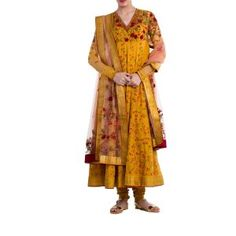 Mustard & Peach Suit by ANJU MODI. Original price is Rs.45,800 and our 50% DISCOUNTED price is Rs.22,900 + 12.5% Tax.