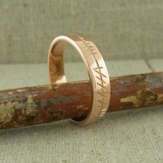 Hottest Pics Ladies Custom Rose Gold Ogham Wedding Ring — Unique Celtic Wedding Rings Tips Are you currently looking for inexpensive wedding bands? At EFES you will find wedding rings from Nu Irish Wedding Rings, Emerald Wedding Rings, Custom Wedding Rings, Wedding Ring Bands, Ruby Wedding, Diamond Anniversary Rings, Engagement Ring Settings, Bridal Rings, Unique Rings