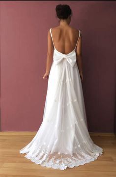Bridal - madameshoushou.com Modest Wedding Gowns, Best Wedding Dresses, Bridal Gowns, Vintage Dresses, Vintage Outfits, Wedding Wishes, Bridal Collection, Wedding Designs, Wedding Inspiration