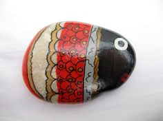 Cute fish  inspired hand painted stones by inspiredstone on Etsy, €4.50