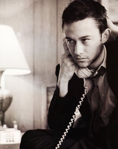 Check out production photos, hot pictures, movie images of Joseph Gordon-Levitt and more from Rotten Tomatoes' celebrity gallery! Joseph Gordon Levitt, Celebrity Gallery, Celebrity Crush, Look At You, How To Look Better, Pretty People, Beautiful People, Beautiful Things, Look Man