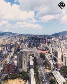 Te presentamos la selección del día: <<POSTALES DE CARACAS>> en Caracas Entre Calles. ============================  F E L I C I D A D E S  >> @felix._felicis._ << Visita su galeria ============================ SELECCIÓN @luisrhostos TAG #CCS_EntreCalles ================ Team: @ginamoca @huguito @luisrhostos @mahenriquezm @teresitacc @marianaj19 @floriannabd ================ #postalesdecaracas #Caracas #Venezuela #Increibleccs #Instavenezuela #Gf_Venezuela #GaleriaVzla #Ig_GranCaracas…