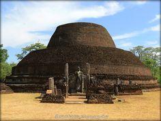 Sri Lanka Polonnaruwa  http://mistoulinetmistouline.eklablog.com/sri-lanka-2013-p1136112