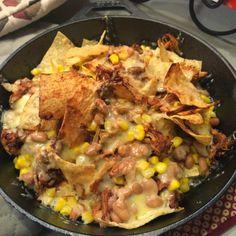 Game Day Nachos - Super Bowl Recipes - www.foodandcomposition.com