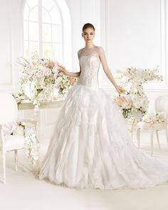 Vestido de novia, modelo Parmenia de Atelier Diagonal 2014  www.sanpatrickgranada.es