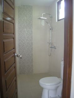 interior sederhana dengan bak kamar mandi minimalis