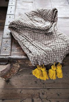 Tasseled quilt