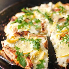 This Lemon Chicken Pizza is perfect for spring, it is just bursting with fresh flavors and vibrant colors. Lemon cream sauce, artichokes, arugula, and feta. Creamed Peas And Potatoes, Loaded Mashed Potatoes, Twice Baked Potatoes, Chicken Long Rice, Chicken Pizza, Lemon Chicken, Lemon Recipes, Fudge Recipes, Fish Recipes