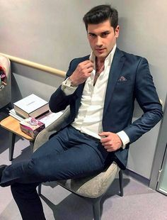 Moda masculina · jacket · suit me up please casual suit look, single breasted, men fashion, suit jacket Mens Fashion Suits, Blazer Fashion, Mens Suits, Men's Fashion, Casual Suit Look, Terno Casual, Join Amazon Prime, Costume Sexy, Modern Suits