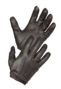 Hatch Resister Glove w/Kevlar, Black, Medium: The Resister goatskin leather is a favorite for its simple design and quality. Kevlar Gloves, Mens Gloves, Leather Motorcycle Gloves, Leather Gloves, Motorcycle Gear, Police Duty, Hunting Gloves, Tactical Gloves, Tactical Gear