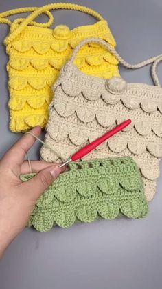 Crochet Bag Tutorials, Crochet Purse Patterns, Crochet Flower Tutorial, Crochet Basket Pattern, Crochet Videos, Crochet Basics, Crochet Motif, Crochet Designs, Crochet Baby