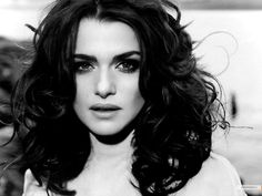 Rachel Weisz, really love the hair!