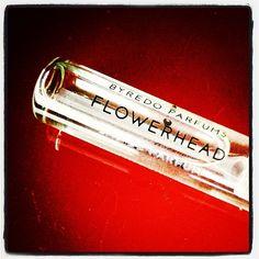 En test: flowerhead #Byredo.  Sure, I like it, it's tuberose! #parfum #fragrance