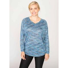 This breathable contoured running shirt keeps you cool as the intensity heats up. Offering raglan sleeves for easy mobility, this space dye long-sleeve tee-shirt is an activewear essential.