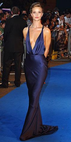 Rosie Huntington-Whiteley// I'm a total Transformer's geek. Love the new girl's red carpet style.