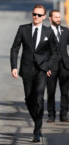 Tom Hiddleston seen arriving at 'Jimmy Kimmel Live!' in Los Angeles, California on March 9, 2017. Photos: http://imgbox.com/g/CvzZkCkPuf Via Torrilla