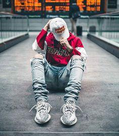 3 Eloquent Tricks: Urban Wear For Men korean urban fashion jackets.Urban Wear For Men urban fashion casual shirts. Streetwear Mode, Streetwear Shoes, Streetwear Fashion, Yeezy Outfit, Urban Apparel, Mode Masculine, Mode Outfits, Urban Outfits, Urban Dresses