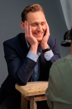 Tom Hiddleston at the Variety Studio-Actors on Actors on April 2, 2016. Source: Torrilla. Full size image: http://ww4.sinaimg.cn/large/6e14d388gw1fa180g4lyzj22bc1jfx49.jpg