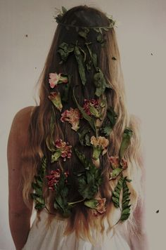 flower strewn tresses