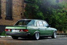 Mercedes-Benz W 123                                                                                                                                                                                 More