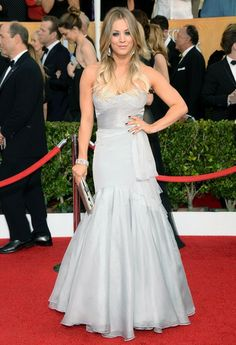 Kaley Cuoco, SAG 2014. (Much prettier than her usual dresses.)