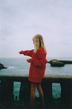 A la mer.