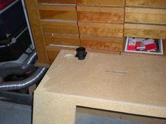 Sand Blaster How To Make Sand, Sandblasting Cabinet, Garage Workshop, Halle, Hobbies, Diy, Booth Design, Cabins, Offices