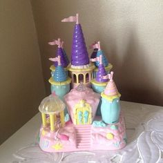 Starcastle :: Light Up Collection [Ghost Of The Doll] :: Seashell Castle Childhood Toys, Childhood Memories, Key West, Little Girl Toys, 90s Toys, Kawaii Room, Polly Pocket, Banana Split, Disney Toys
