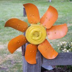 creative recycling ideas for the garden! auto fan creative recycling ideas for the garden! Recycled Garden Art, Garden Crafts, Garden Projects, Outdoor Crafts, Outdoor Art, Outdoor Projects, Outdoor Ideas, Outdoor Spaces, Outdoor Gardens