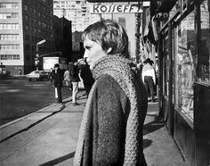 Foto d'archivio - Il Post Mia Farrow durante le riprese di John e Mary a #NewYork, 23 marzo 1969. (STRINGER/AFP/Getty Images)