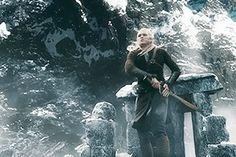 bloo-my Legolas fighting on Ravenhill Legolas And Thranduil, Aragorn, Bloo Me, Orlando Bloom Legolas, Elven Queen, Lotr Elves, O Hobbit, Epic Movie, Fanart