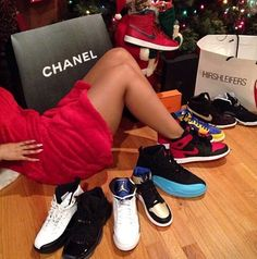 She's a class act with her Js! Ashanti