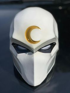 Moon Knight helmet for cosplay. This is Fan made version This is adult size and fit to all headsize upto 61 cm made from fiberglass this fan made and not affiliate with DC Comics Moon Knight, Armor Concept, Concept Art, Futuristic Armour, Knights Helmet, Cosplay Armor, Ducati Monster, Masks Art, Red Hood