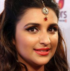 Parineeti Chopra Sexy Seducing Eyes