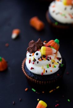 These Chocolate Halloween Cupcakes are festive and simple to pull together with my one-bowl chocolate cupcake recipe. Top with Halloween decorations! #cupcakes #halloween