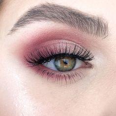 """something special ♡ History of eye makeup """"Eye care"""", quite simply, """"eye make-up"""" has always Pink Makeup, Cute Makeup, Glam Makeup, Pretty Makeup, Hair Makeup, Perfect Makeup, Makeup Trends, Makeup Inspo, Makeup Inspiration"""