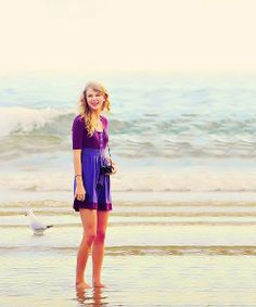 <3 Taylor Alison Swift <3 (According to the counter, this is the 10 000th pin to this board! OMS so proud of us guys! :D)
