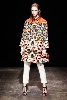 Thakoon Pre-Fall 2013 Fashion Show - Asia Piwka