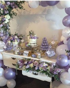 Esse lilás 💜💜💜💜💜 By - Pretty Lilac & Butterflies for Ava Rose on her First Holy Communion💜 Florals, Balloon Garland & Styling Paperie Acrylics Cake Macarons, cookies Lilac Baby Shower, Fotos Baby Shower, Lavender Baby Showers, Butterfly Baby Shower, Girl Shower, Baby Shower Themes, Quince Decorations, Quinceanera Decorations, Quinceanera Party
