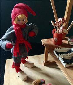 Charlotte Weibull dockor julmarknad jul scen på Tradera.com - Övriga