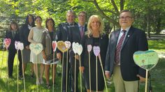 Canadian Council of Child & Youth Advocates  participate with young people to plant hearts in #TRCHeartGardens. #OCYA