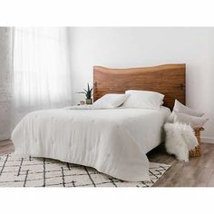 Wooden King Size Bed, Headboards For Beds, Rustic Headboard, Wood Headboard Bedroom, Wooden Bed Frames, Remodel Bedroom, Headboard, Live Edge Headboard