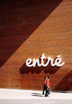 Trendy Ideas For Exterior Signage Design Typography Environmental Graphic Design, Environmental Graphics, Wayfinding Signage, Signage Design, Hotel Signage, Park Signage, Banner Design, Typography Letters, Typography Design