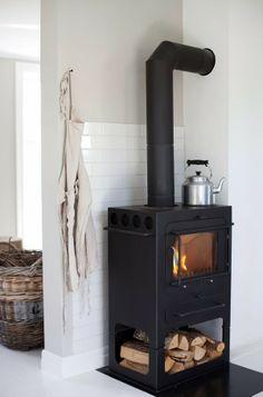 Modern wood heater.. i want one :)