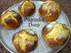 Portuguese Recipes, Everyday Food, Sweet Bread, Cinnamon Rolls, Baked Potato, Biscuits, Deserts, Food And Drink, Meals